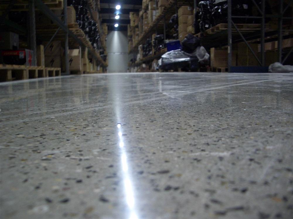 Fußboden Polierter Beton ~ Schleiftechnik fliesen marischen